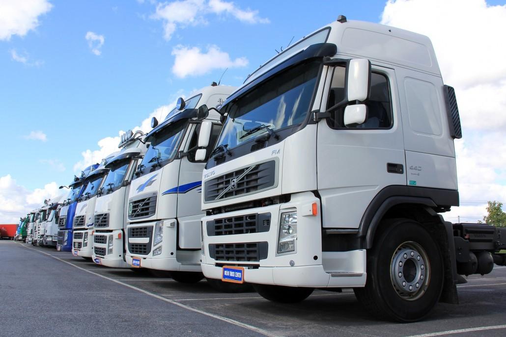 truck-1501222_1920_270 × 180